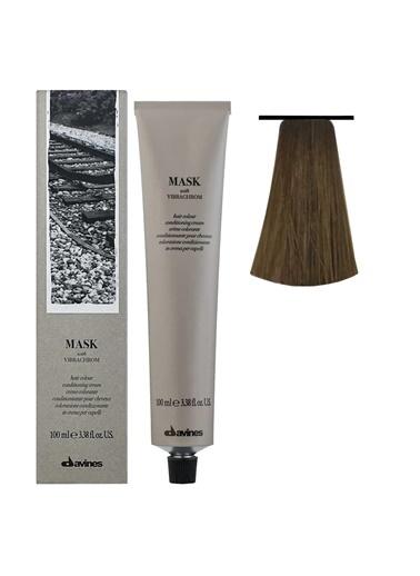 Davines Davines Mask Vibrachrom Saç Boyası 7,3 Saç Boyası Orta Altın Kumral 100 Ml Renksiz
